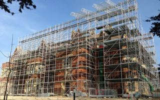 Looks Back at The Scaffolding Industry