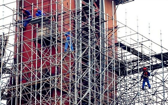 What are the Advantages of Scaffolding in Construction?
